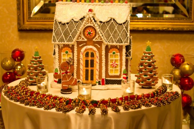 Gingerbread House by Nakeva